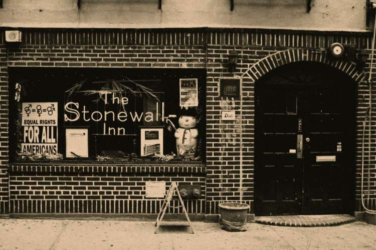 stonewall-inn--Greenwich-Vi