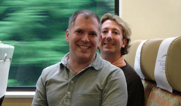 Jim Obergefell (önde) ve 2013'te kaybettiği eşi John Arthur 21 yıldır beraberdi…